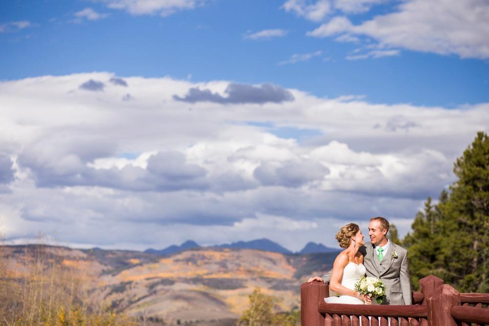 04-beanos-cabin-wedding-photos.jpg