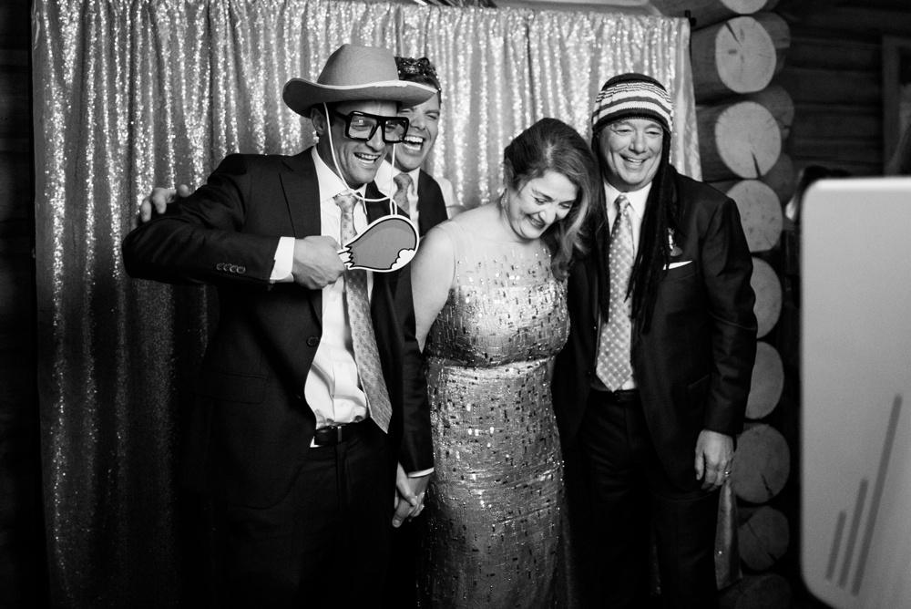 54-beanos-cabin-wedding-photos.jpg