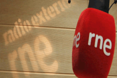 Microfone de um dos estúdios da REE