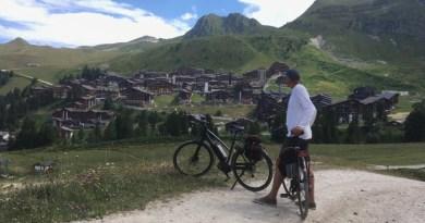 #7   E-biken door La Plagne