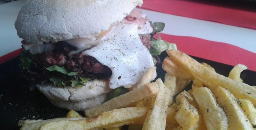 hamburgueria garfo e faka azeitao burger