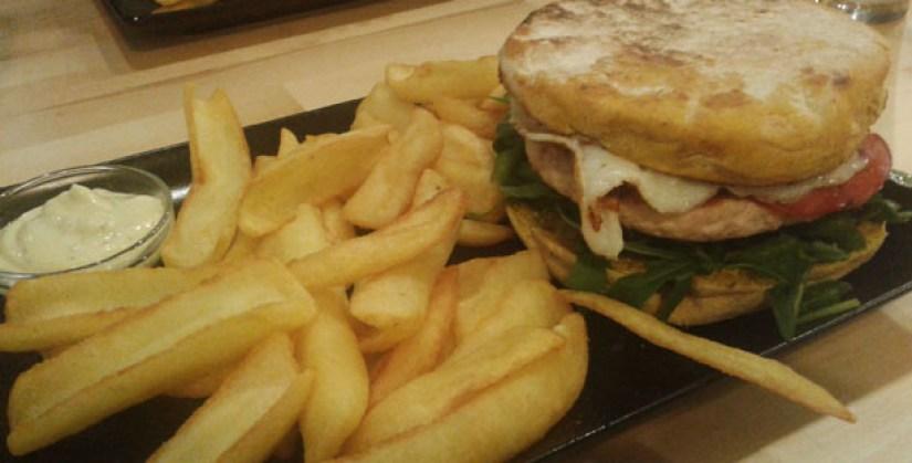 lisbon burger house & pizza hamburgueria lisboa pao de caril