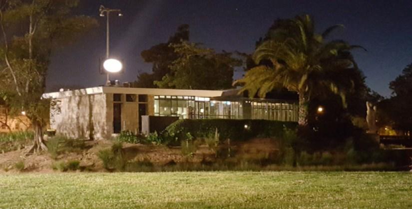 casa do lago restaurante portugues jardim do campo grande vista lisboa exterior 2