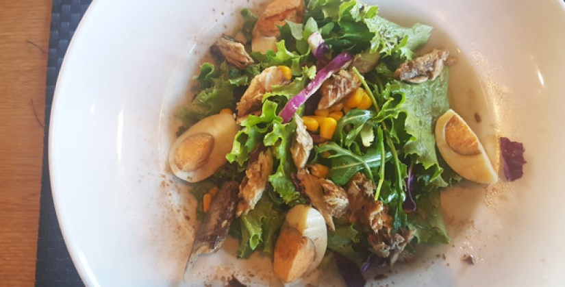 ribeira d ilhas restaurante de praia ericeira salada