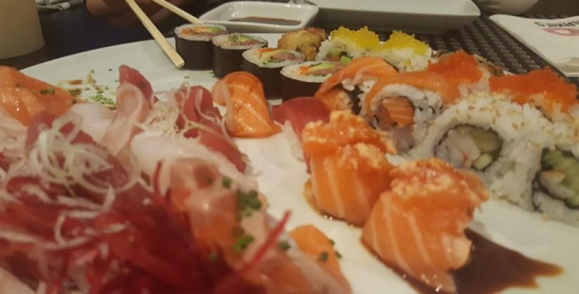 harkos-restaurante-japones-italiano-sushi-sashimi-sintra-combinado