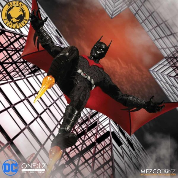 mezco-one12-collective-batman-beyond-8