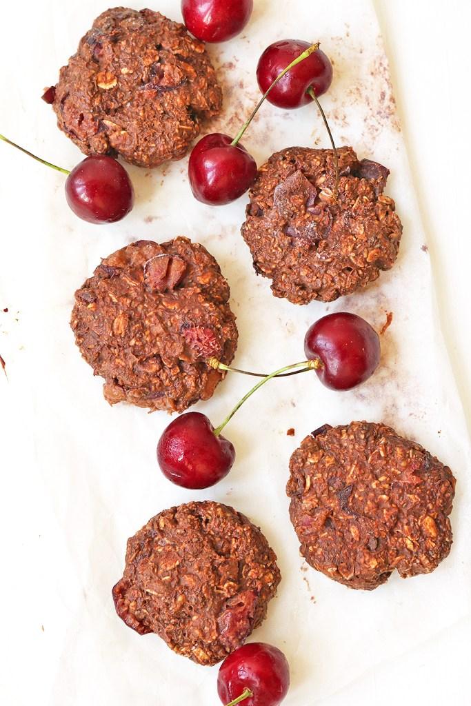 vegan-chocolate-cherry-no-bake-cookies-12