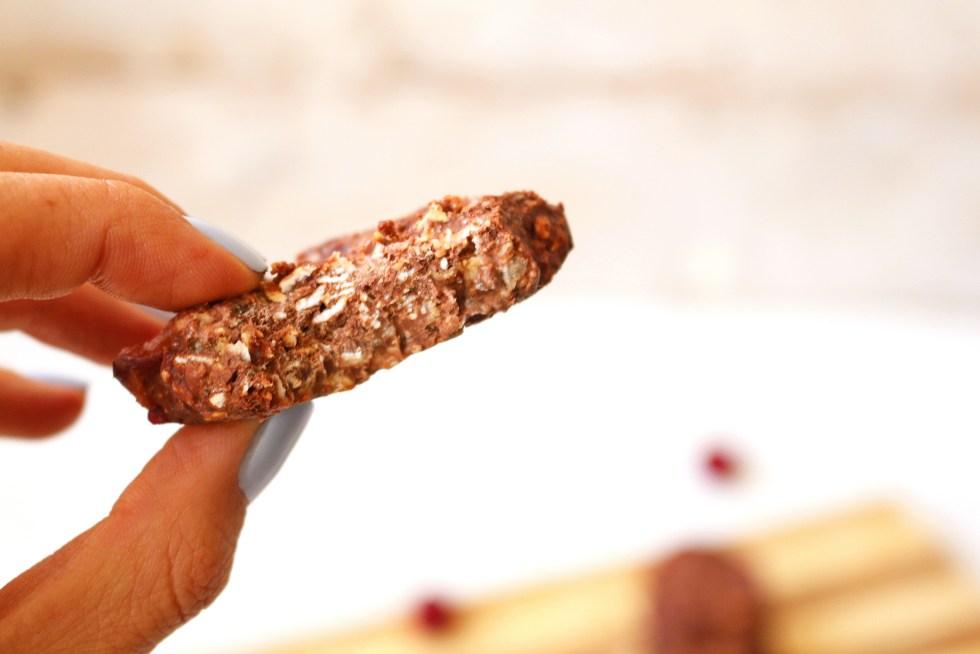 vegan-chocolate-cherry-no-bake-cookies-2