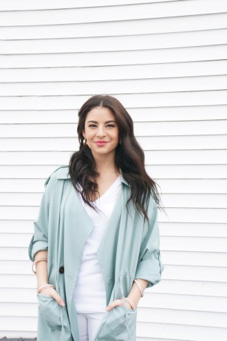 Mint Green Lapel with white pants outfit