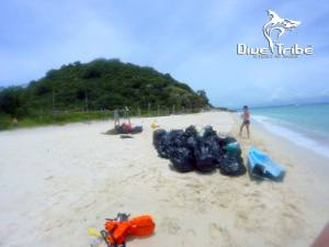 Beach clean, Koh Rin, www.onebrownplanet.com, beach clean, thailand, plastic pollution