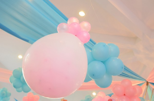 Colorful Candyland Birthday Party - 14
