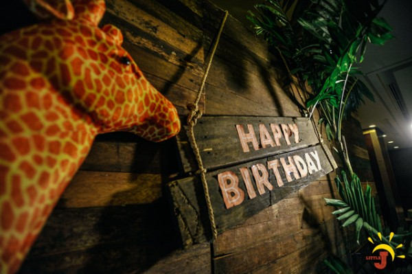 Safari Themed Birthday Party - 26