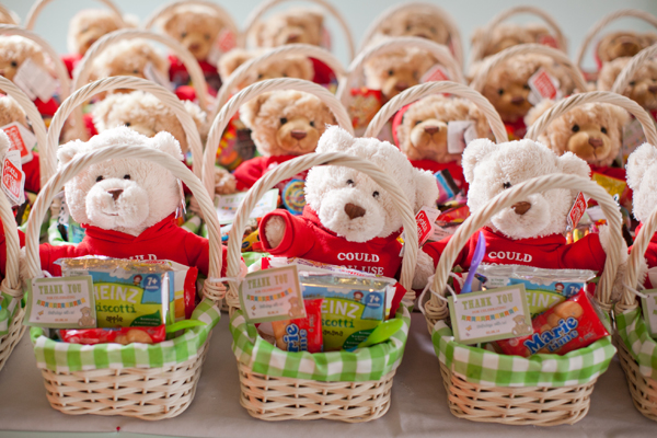 Picnic Baskets Party Favors