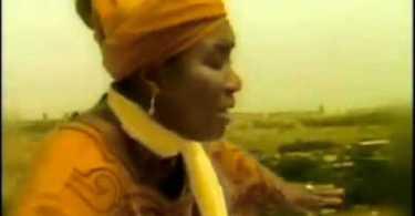 Esther Amoako - He Is Alive