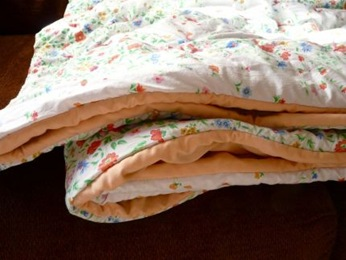 Remake Your Sheets Into A Quilt Tutorial