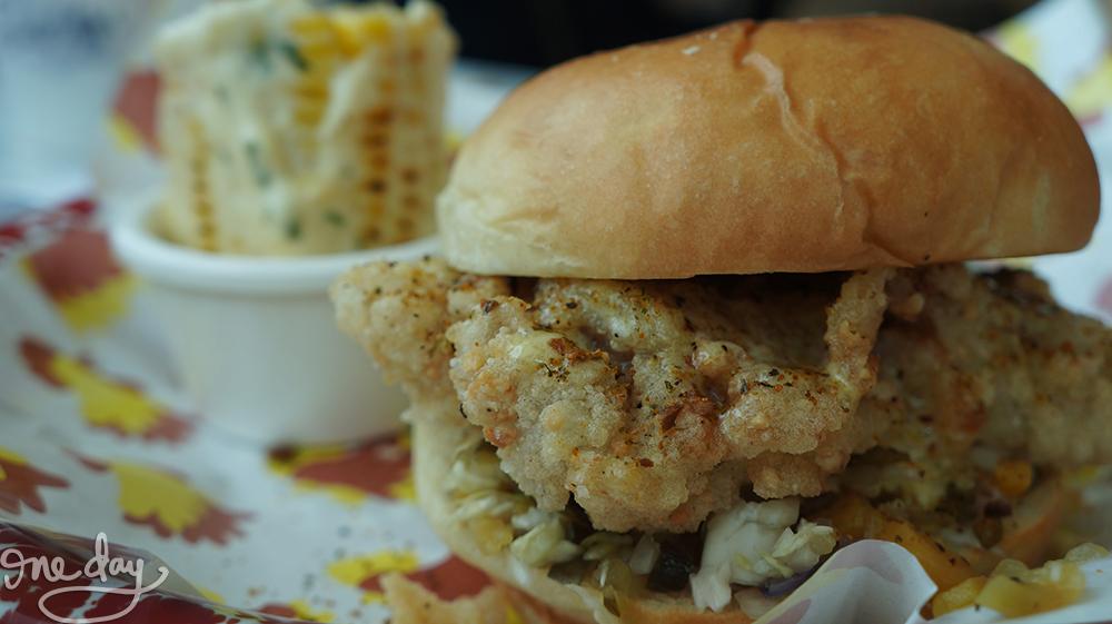 Chicken sandwich by Birdhouse