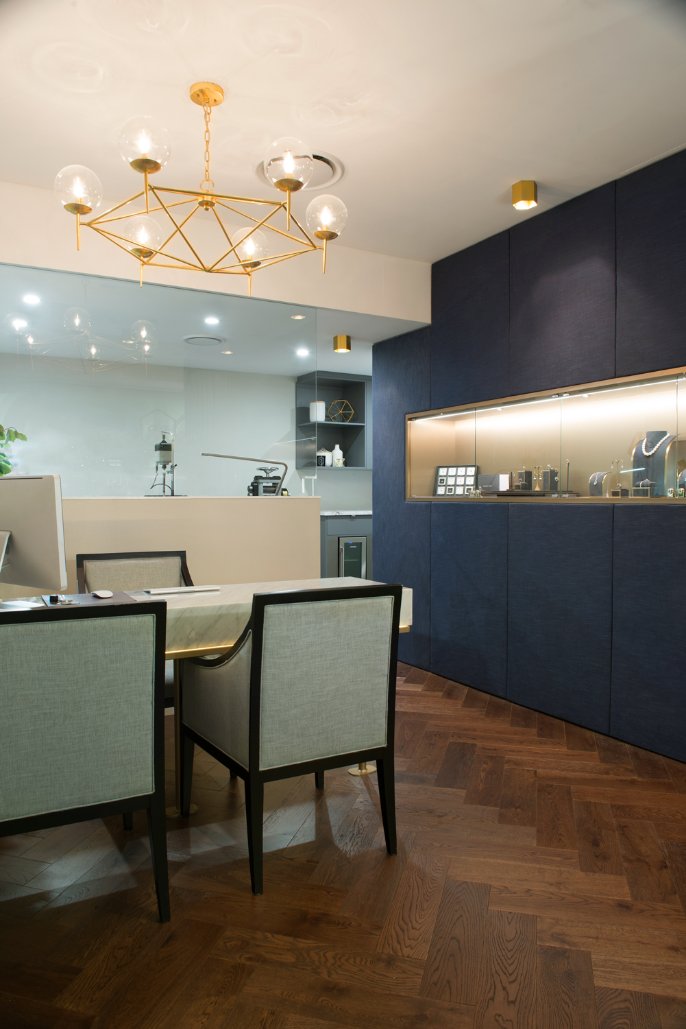 Interior design project Jeweller