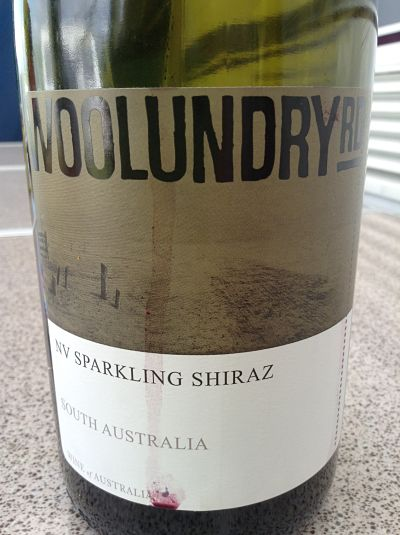 woolundry road sparkling shiraz review