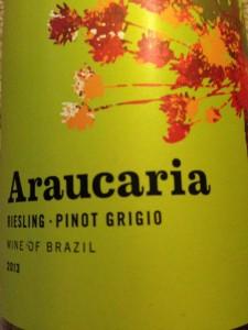 Araucaria Riesling Pinot Grigio 2013