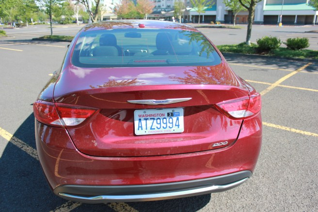 Rear end of the Chrysler 200