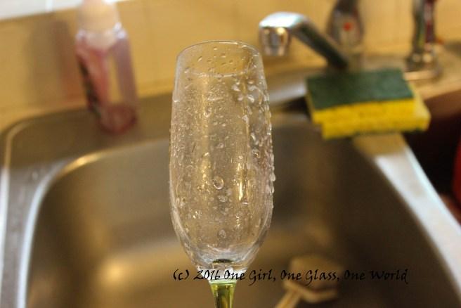 Glass sprayed with vinegar/water mixture.