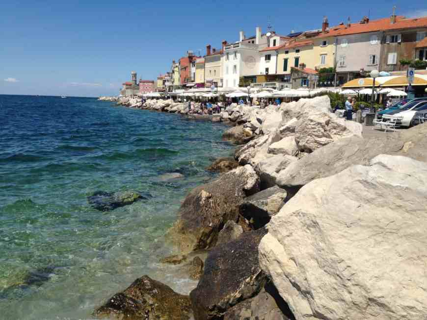 The seaside town of Piran is only one of the many must-visit sites in Slovenia, a perfect 3 or 4 day trip. Recommendations for your itinerary and what to do in Slovenia. Ljubljana, the Julian Alps, Lake Bled, Piran, and more! #slovenia #easterneurope #lakebled