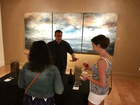 Everything you need to plan a visit to Willamette Valley, where to eat, how to plan your trip   Everything you need to know for a visit to the Willamette Valley, Portland itinerary, wine weekend in Oregon, the perfect girls' trip #willamette #wineries #oregon
