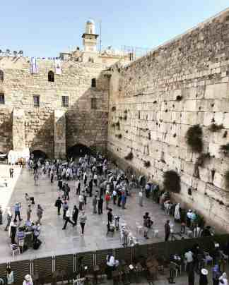 Make sure to visit the Western Wall, even with a short trip to Jerusalem | How to make the most of a short visit to this ancient city, Jerusalem itinerary ideas, Jerusalem trip planning, what to do in Israel, a day in Jerusalem #jerusalem #israel #holyland