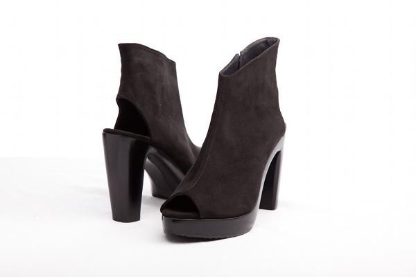Elizabeths-footwear vegan