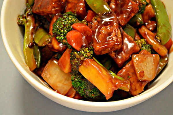 Recipe and Wine Pairing: Pomegranate Sweet and Sour Tempeh