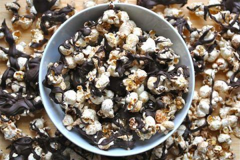 Recipe: Bourbon Caramel Popcorn