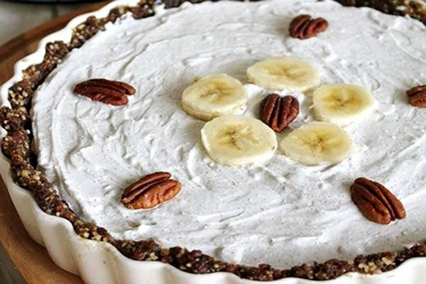raw chocolate banana pie with whipped coconut cream