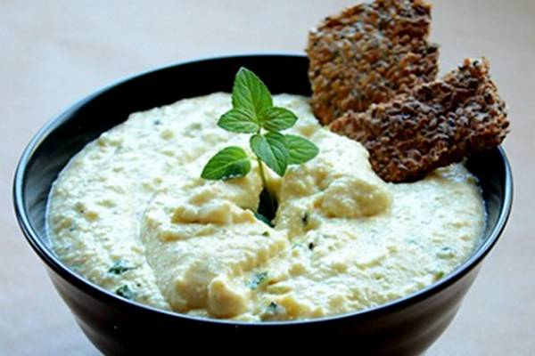 Mint-Coconut-Cashew-Cream-Cheese-Spread