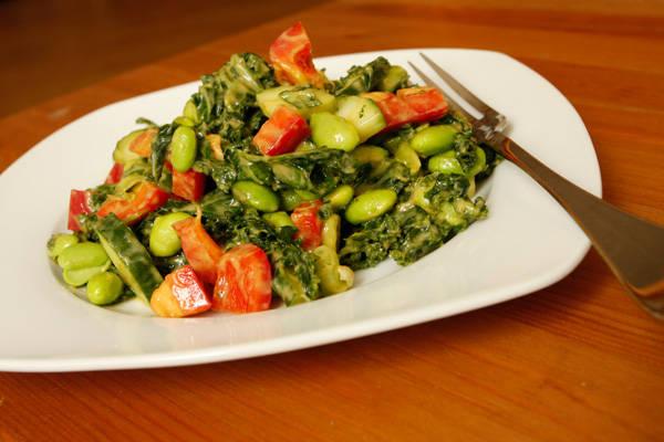 creamy-avocado-mesquite-dressing-kale