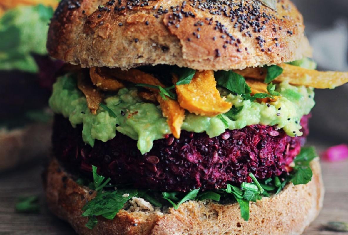 The-Ultimate-Vegan-Burger--1184x800