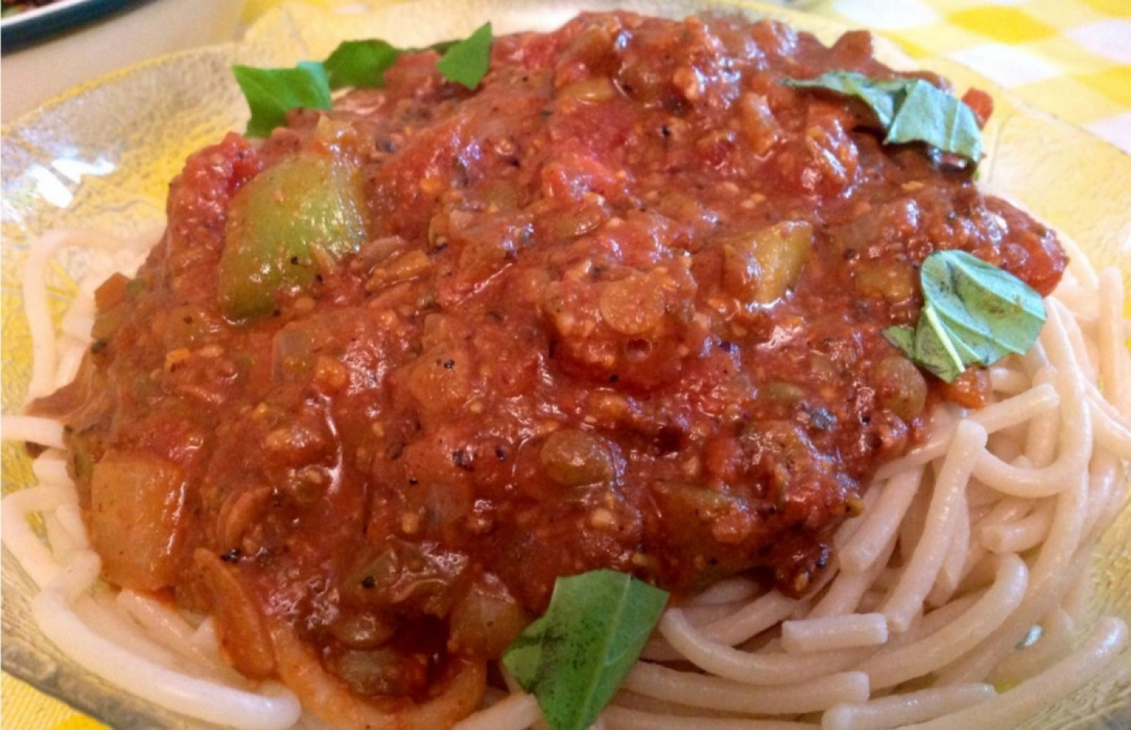 Pasta-with-Vegan-Bolognese-Sauce-1200x774 (1)