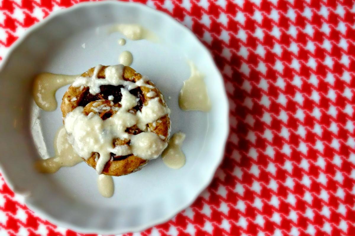 Raw Vegan Single-Serving Cinnamon Roll [Gluten-Free]