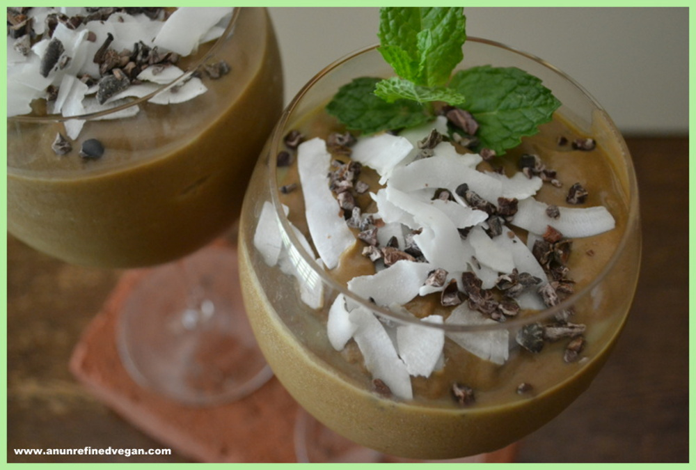Cocoa-Coconut-Mint-Smoothie (1)