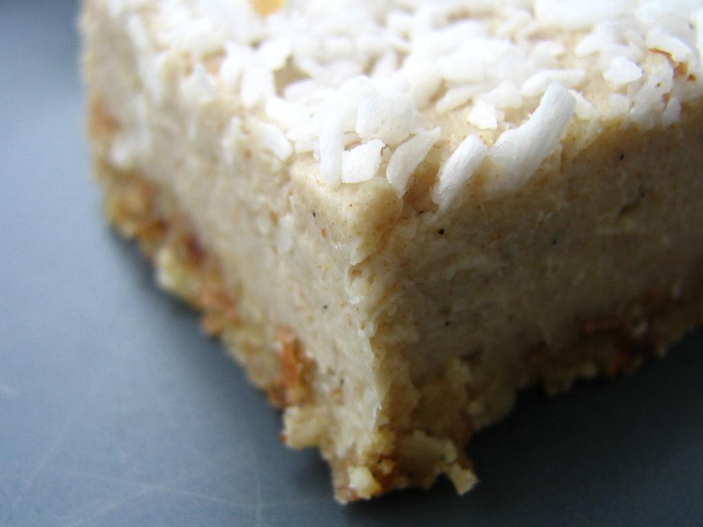 raw coconut cake