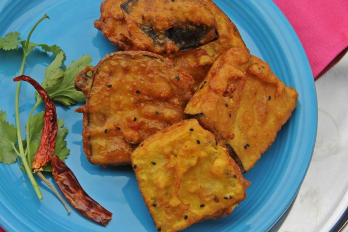 Beguni (Batter Coated Eggplant Wedges) [Vegan, Gluten-Free]