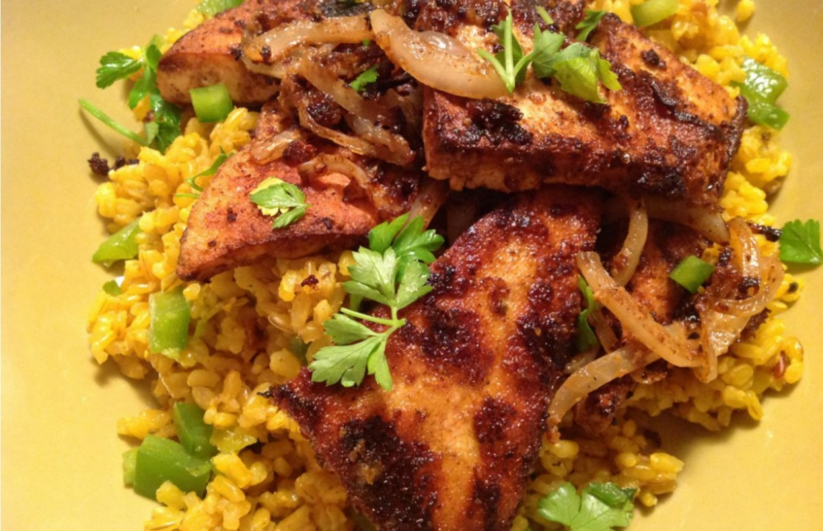 Chile-Rubbed-Tofu-and-Onions-over-Spanish-Rice-1200x774 (1)