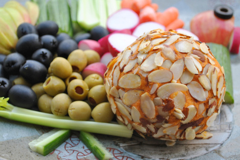 Kick-Ace-Extra-Sharp-Raw-Vegan-Cheddar-Cheese-Ball