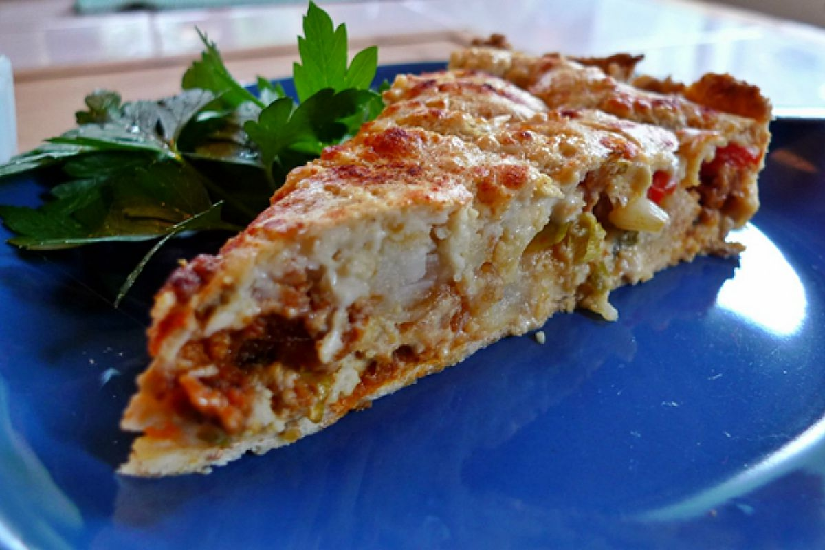 Spanish Potato and Chorizo Omelet-Style Quiche [Vegan]Spanish Potato and Chorizo Omelet-Style Quiche [Vegan]