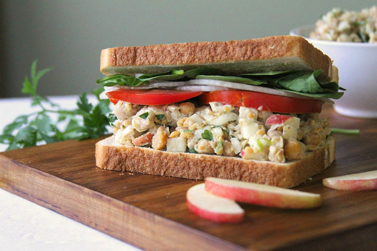 super fast chickpea sandwich