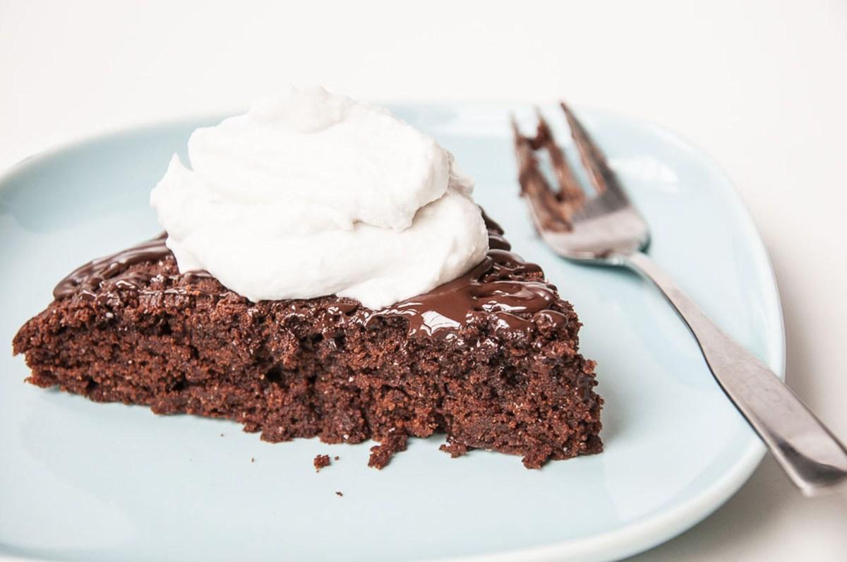 Secret Dark Chocolate Cake [Vegan]