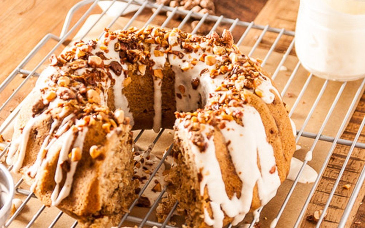 Italian Cream Bundt Cake With Cream Cheese Frosting [Vegan]