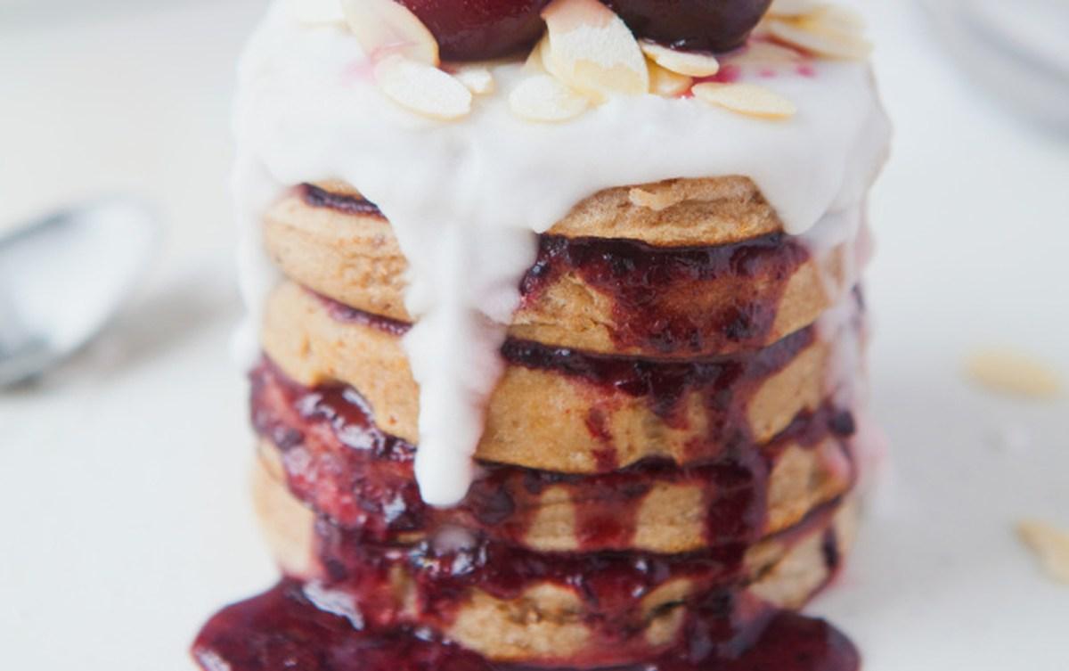 Bakewell Tart Pancakes [Vegan]