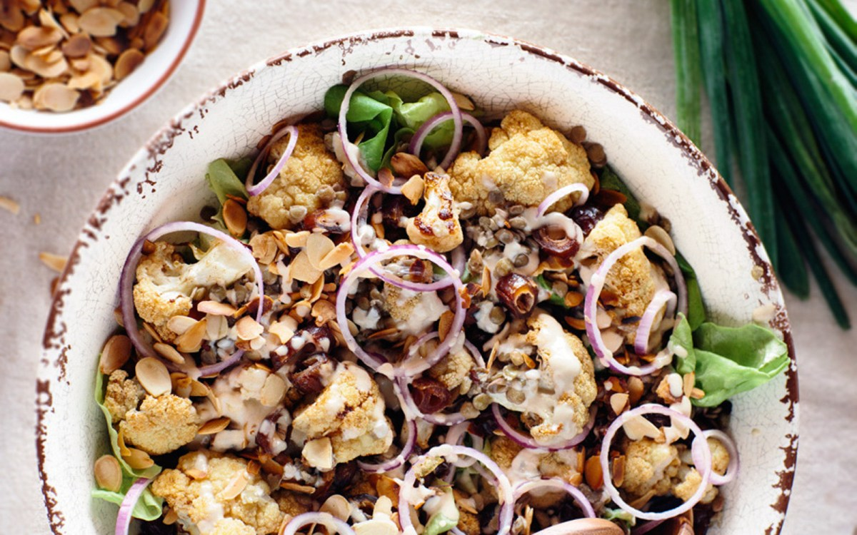 Roasted Cauliflower and Lentil Salad With Dates