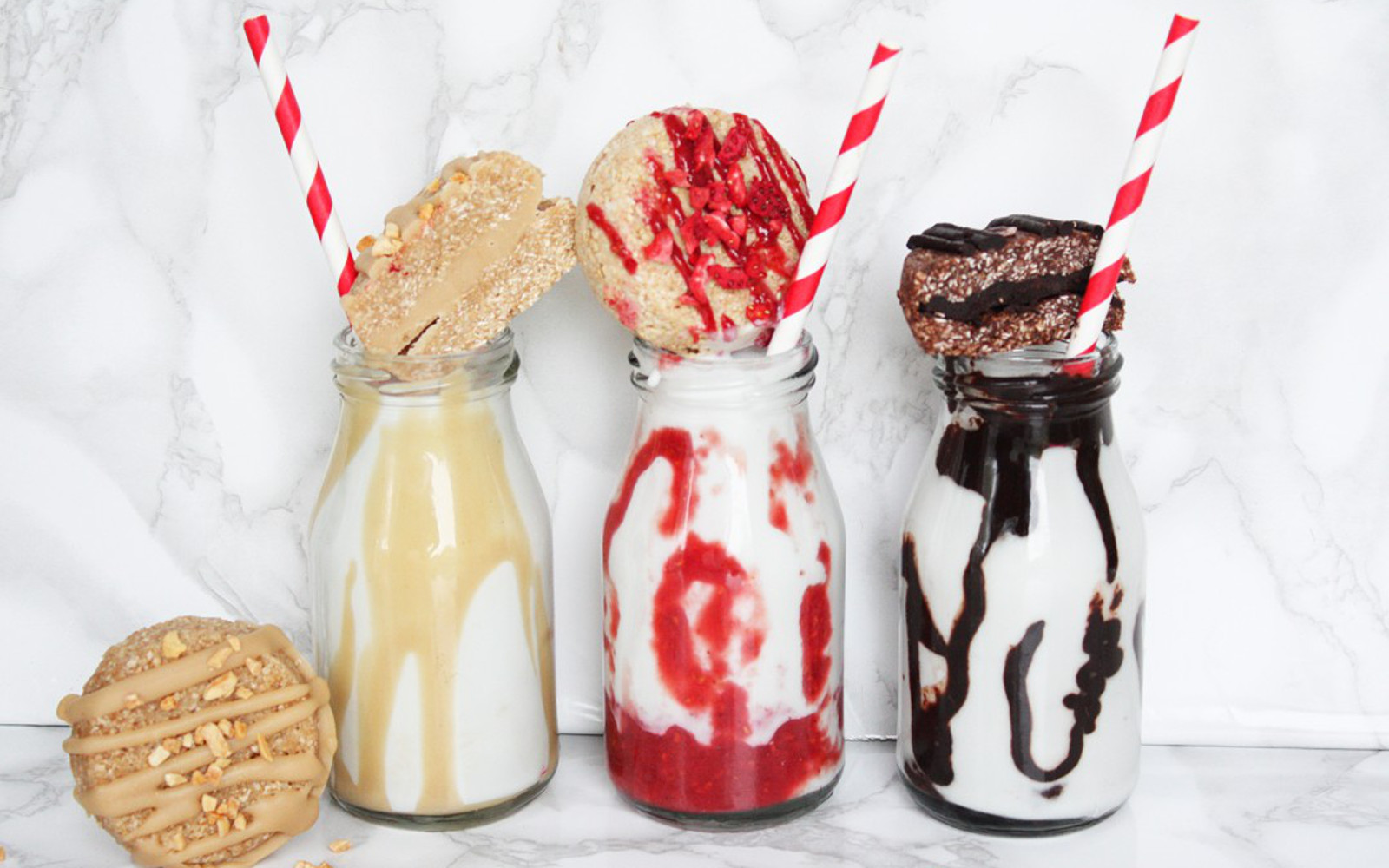 coconut milkshakes and cookies