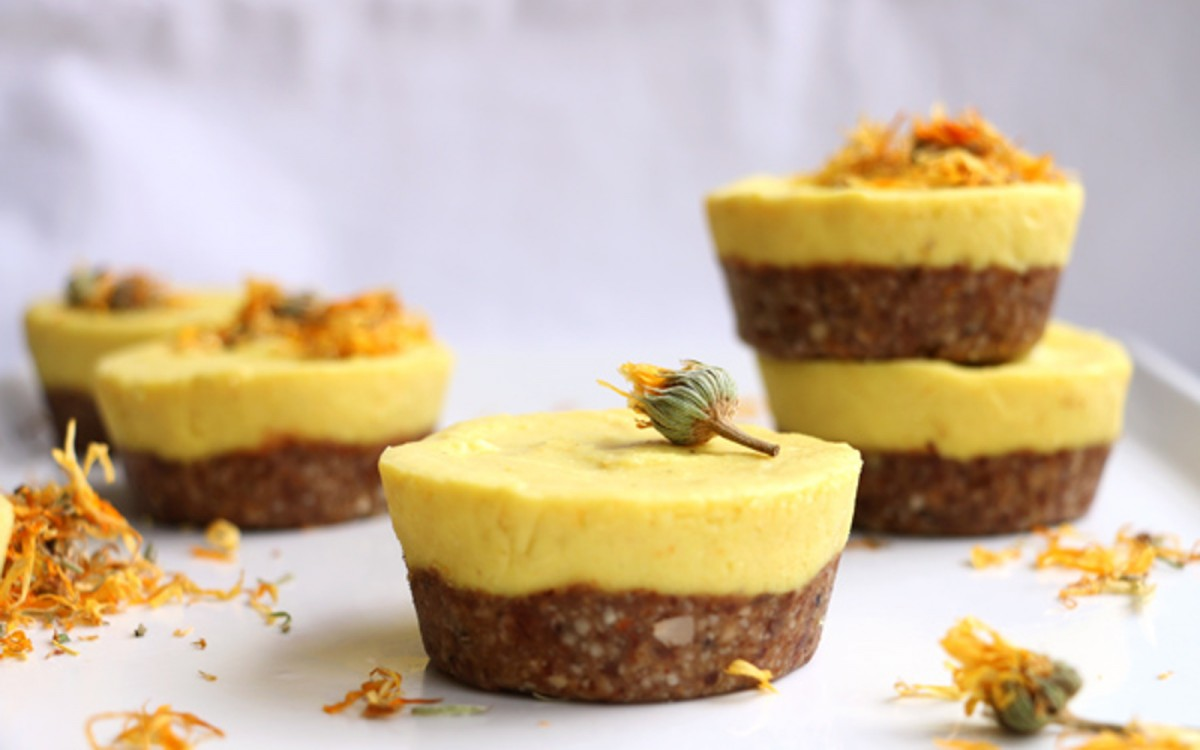 Raw Mango Cupcakes